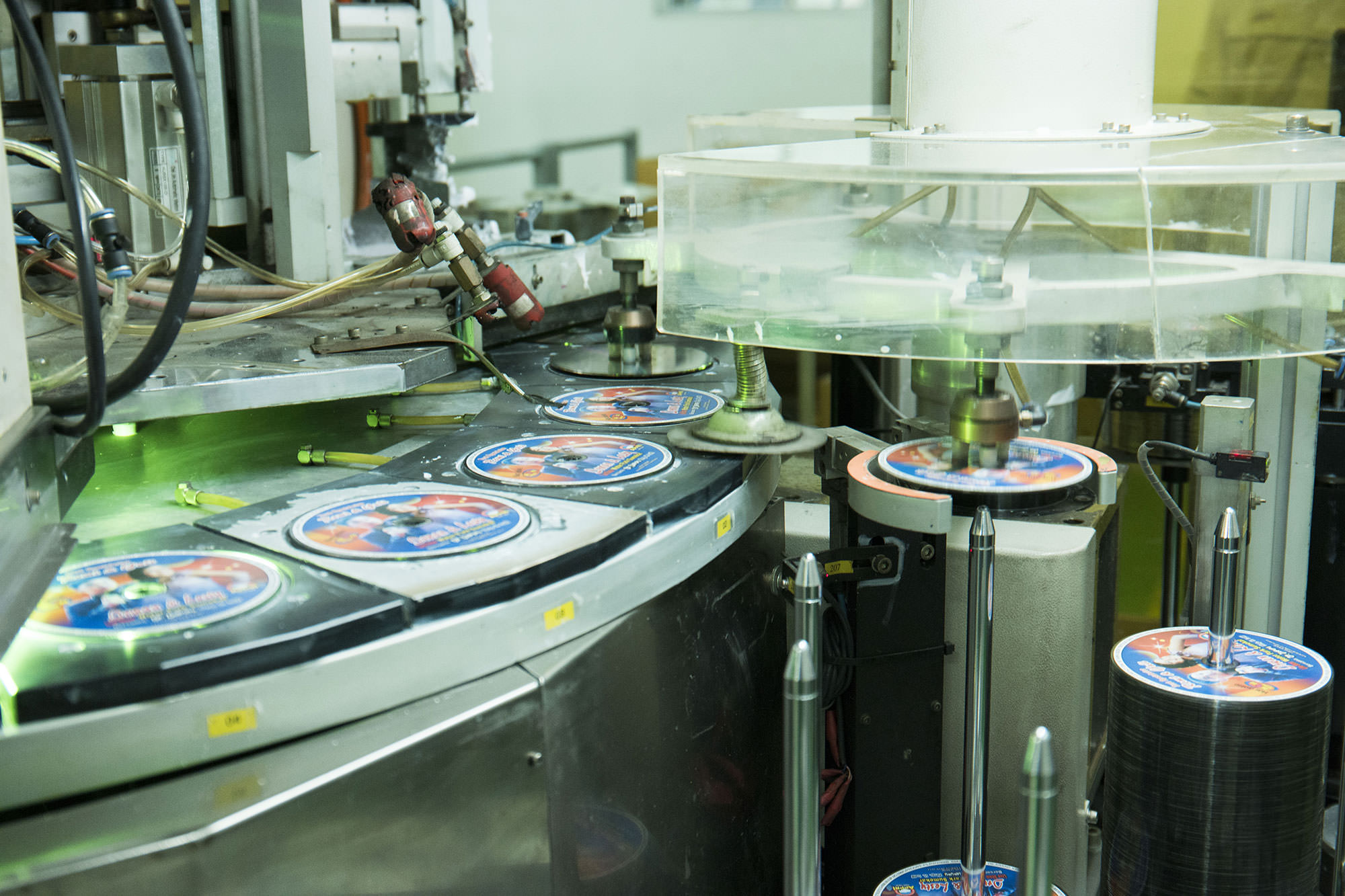 manufacturing solution for optical media products